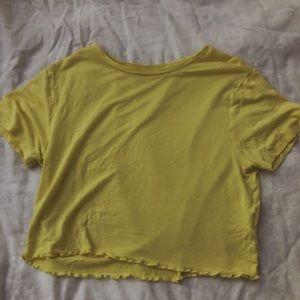 PacSun yellow cropped t-shirt